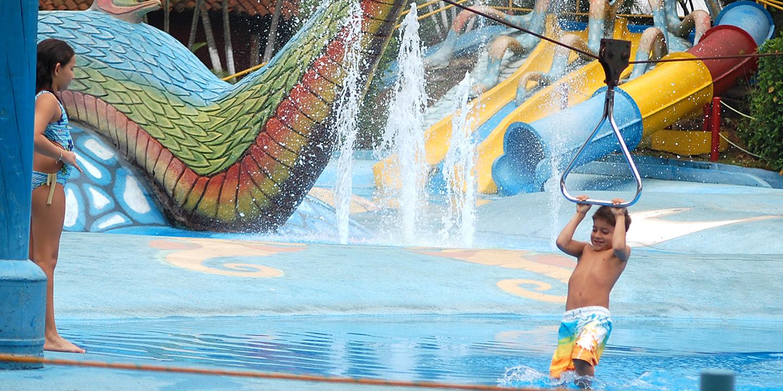 banner-piscina-infantil-004