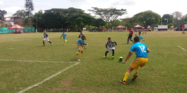 canchas-futbol-003